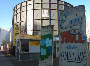 Installationen Die Mauer er en af atrraktionerne, som Berlin Welcom Card giver rabat til. Foto: Kirsten Andersen