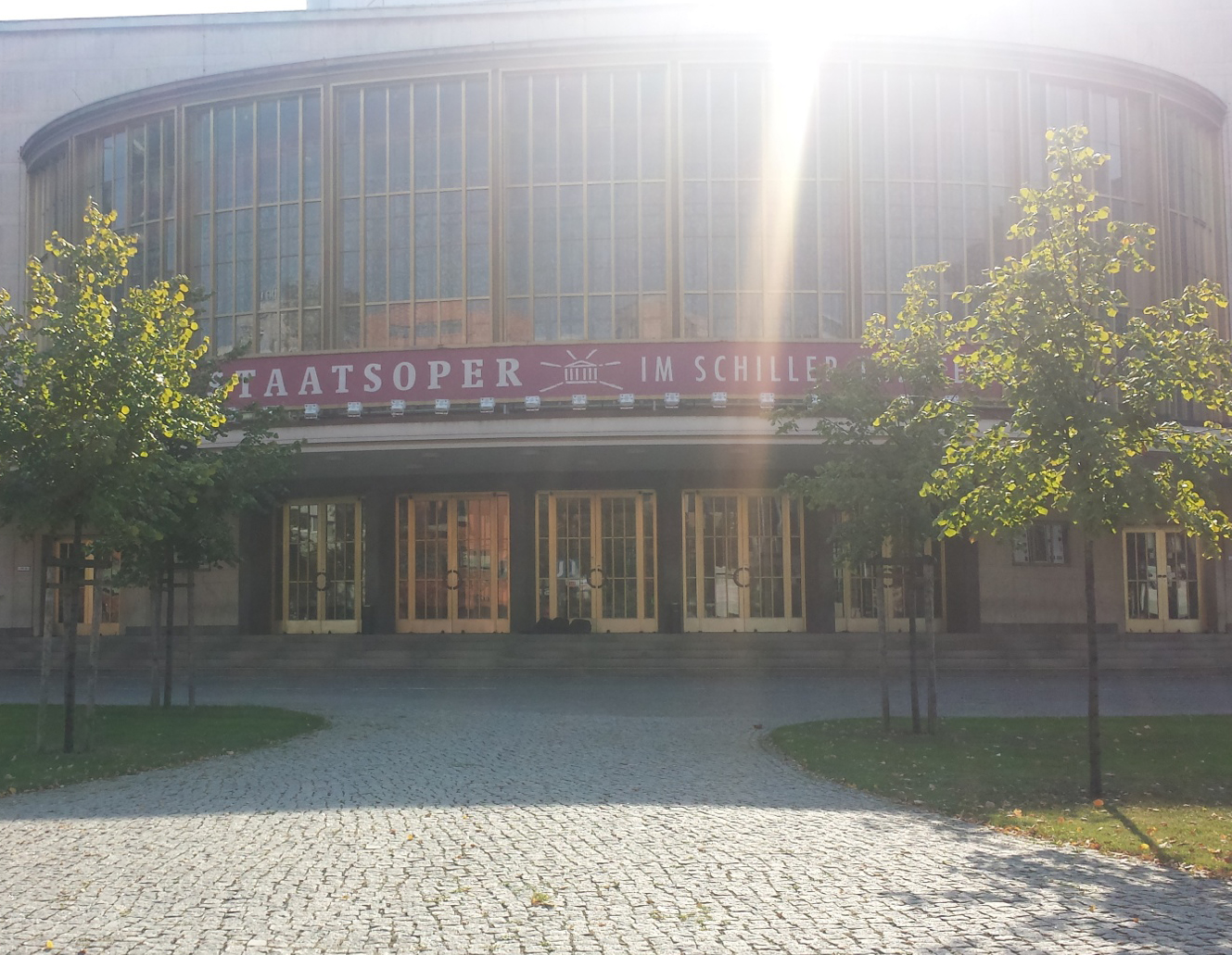 Kudamm-Komödie flytter ind i Schiller-Theater